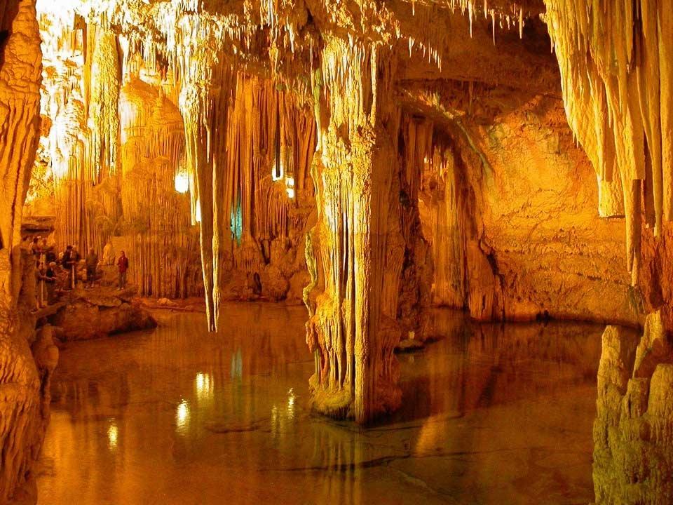 Lago Grotte di Nettuno